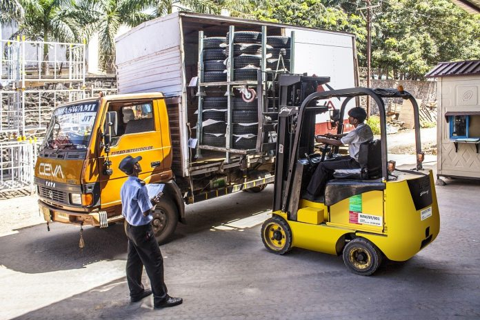 Jasa Pengiriman Cargo dari Pontianak ke Tanah Bumbu, Harga Termurah dan Kualitas Terpercaya