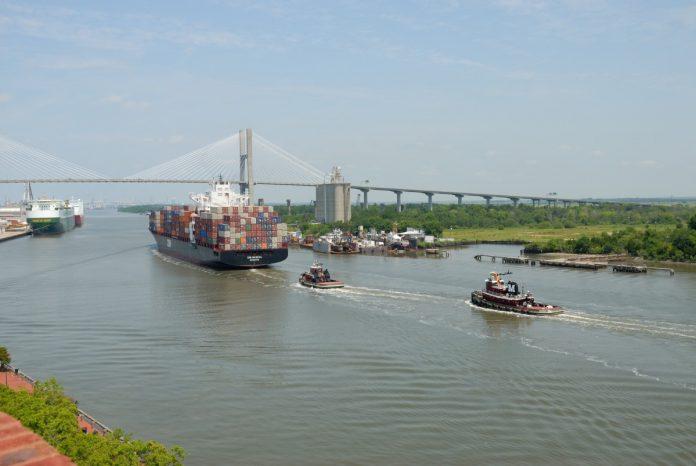 Jasa Pengiriman Cargo dari Pontianak ke Lamongan, Harga Termurah dan Kualitas Terpercaya